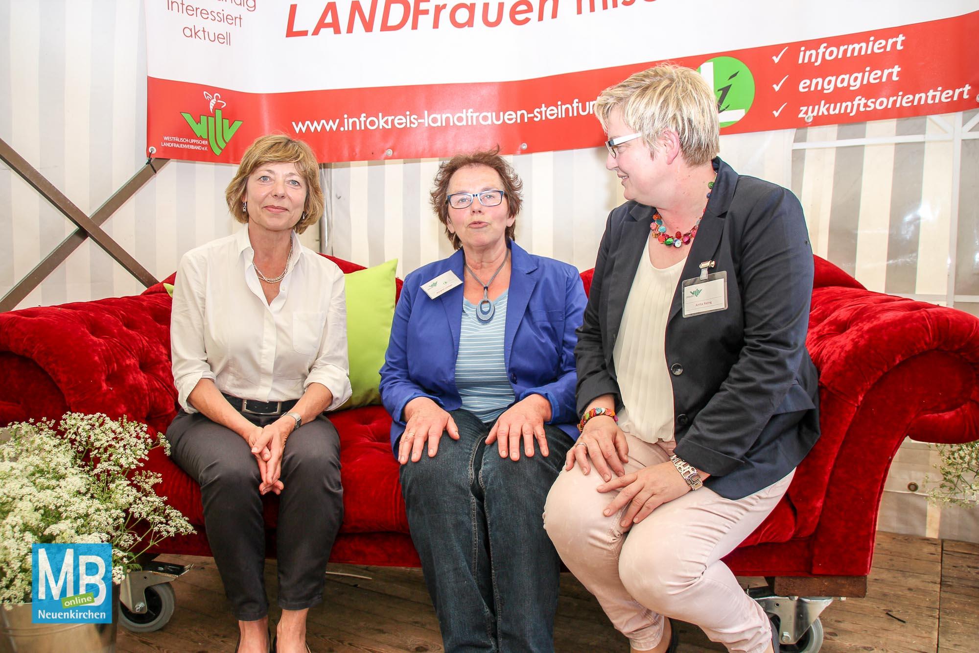 Daniela Schadt bei den Kreislandfrauen