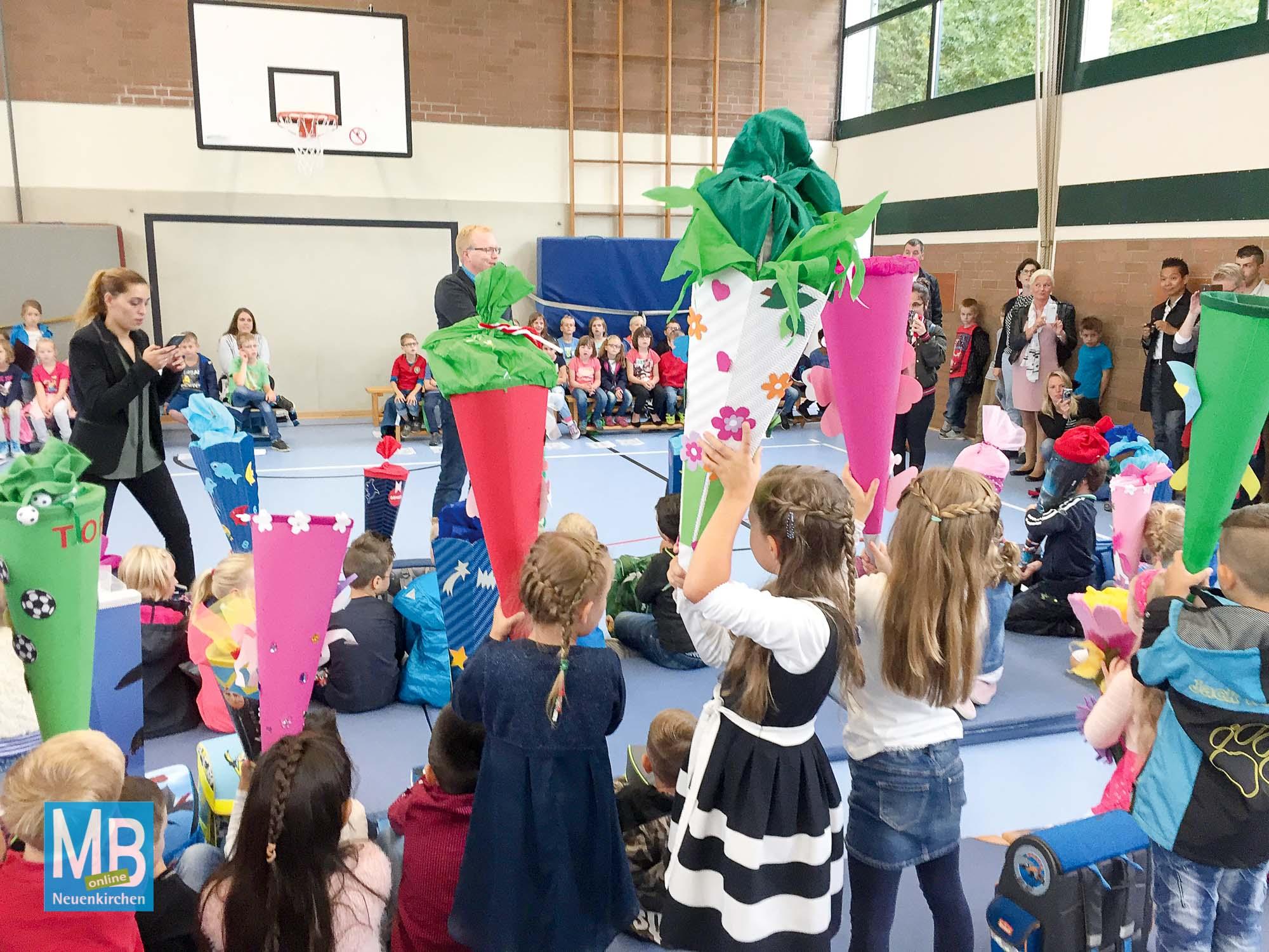 Schulstart für 135 Grundschüler in Neuenkirchen