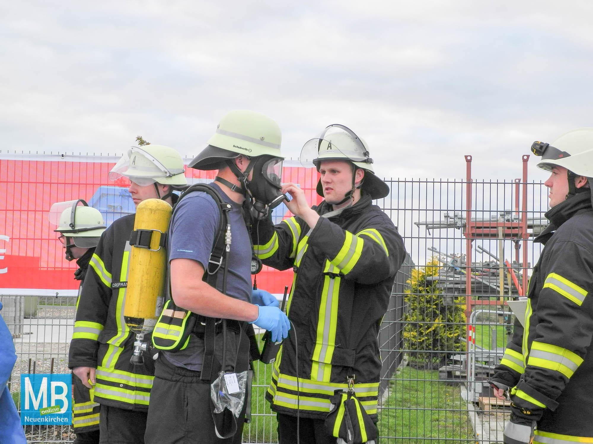 Feuerwehrübung Gefahrgutunfall