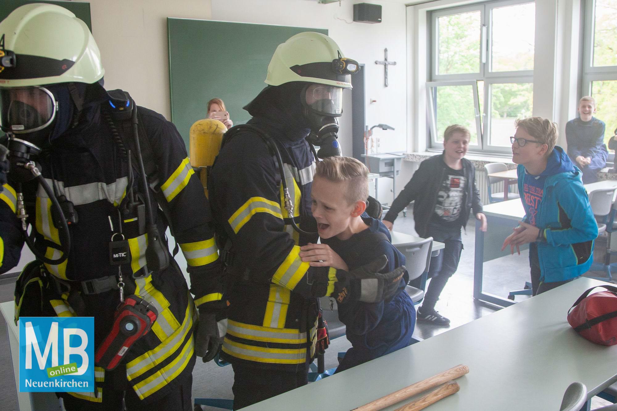 Übung Feuerwehr/DRK/DLRG