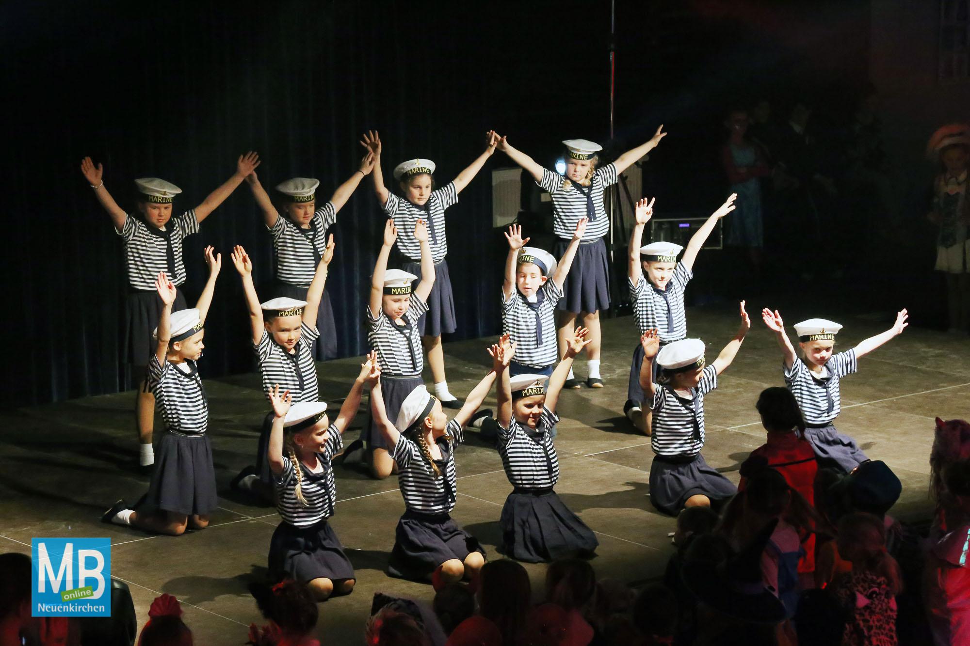 Großer Auftritt für die Kleinen. | Foto: Kösters