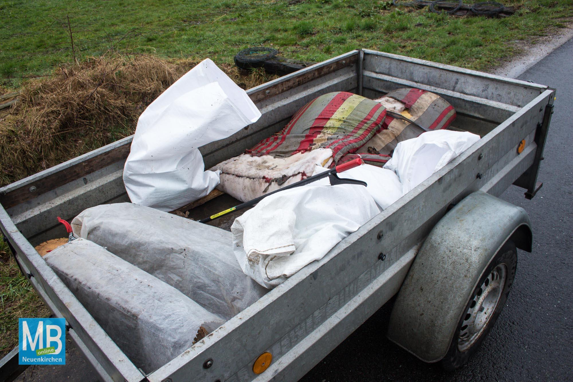 """Müllsammelaktion """"Saubere Landschaft"""" in Neuenkirchen   Foto: Michel Hesselmann"""