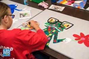 Die Mädchen hatten viel Spaß beim Pop-Art-Malkurs im Jugendzentrum McFly.   Foto: Stefan Klausing