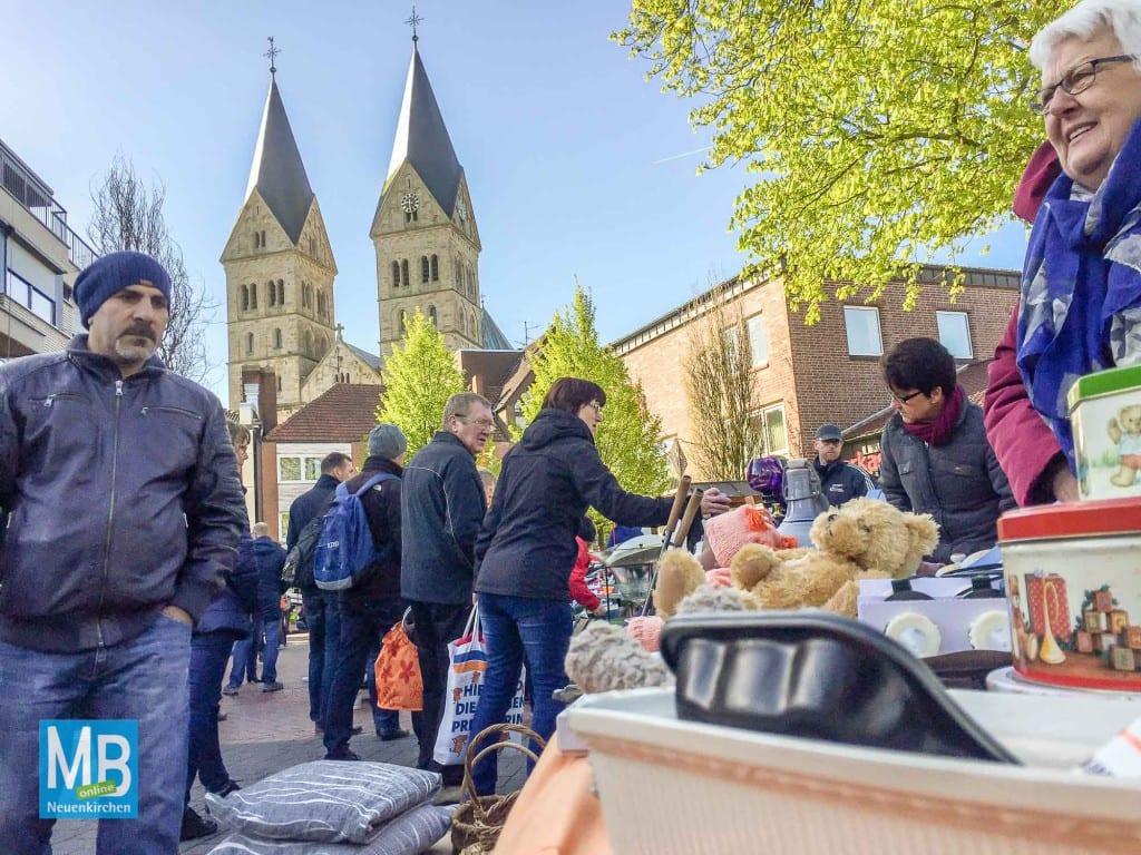 Der Flohmarkt in Neuenkirchen wird abgesagt.   Foto: Archiv